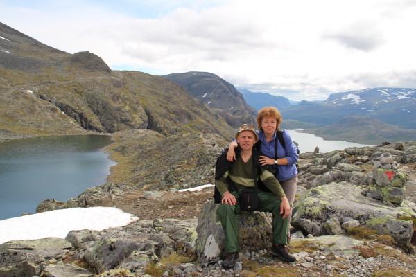 Коля и Лена на тропе хребет Бессаеген Норвегия