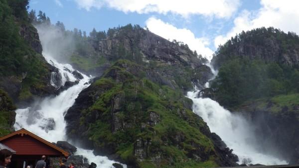 Отзыв о Норвегии водопад Латефосс