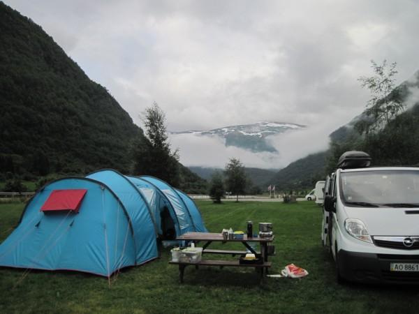 Отзыв о Норвегии палатка на кемпинге