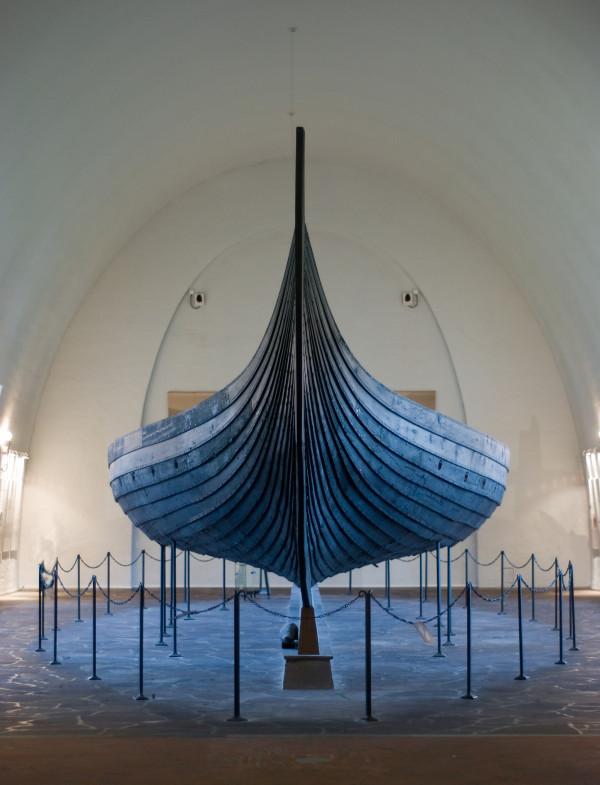 дракар Гокстад музей викингов Осло Норвегия.