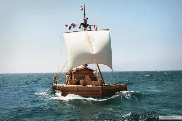 Кон Тики в океане
