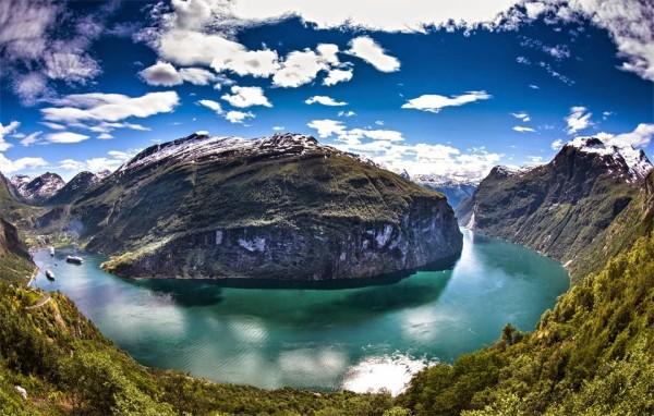geiranger-fjord-panorama-norway